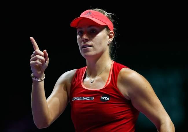 Итоговый турнир WTA. Плишкова без трудностей одолела Уильямс