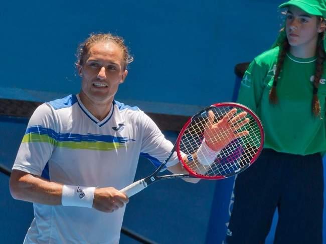 Швейцарец Роджер Федерер вернул себе звание первой ракетки мира