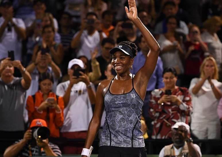 Винус Уильямс победила Кербер напути вполуфинал турнира вМайами