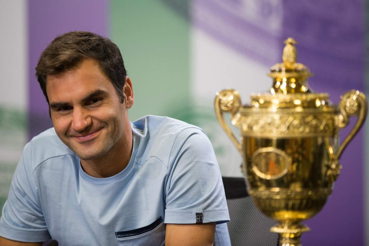 Швейцарец Федерер завоевал звание 3-й ракетки мира
