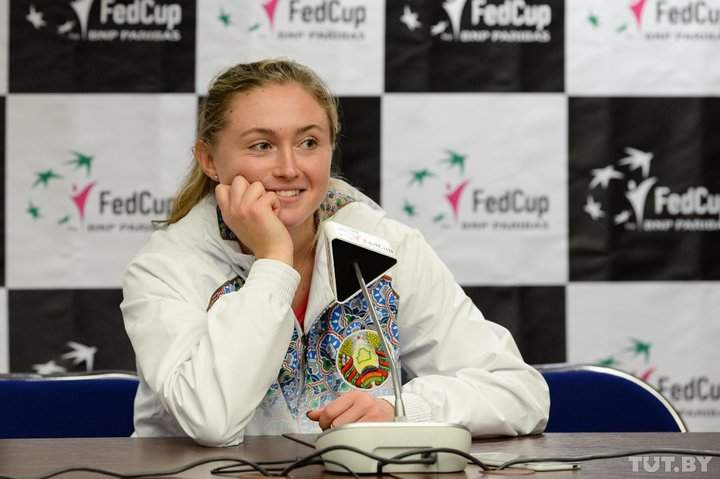Теннисистка Вандевеге вывела американок вперед вфинале Кубка Федерации сбелорусками