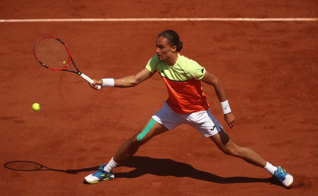 Теннисист Долгополов провел матч сДжоковичем после месячного перерыва